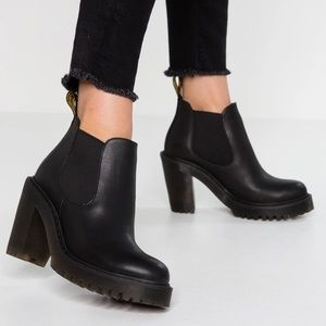 Dr Martens Hurston Leather Heeled Chelsea Boot